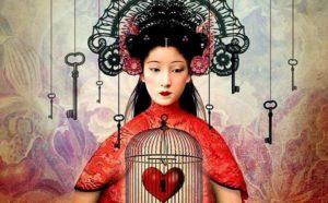 chica con jaula en el corazón y una llave